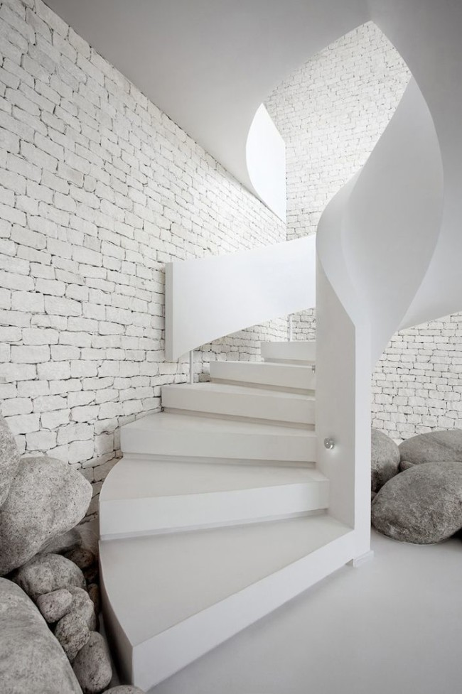 Staircase Design Ideas from Luxury Interior Designers - Soucie Horner, Ltd.