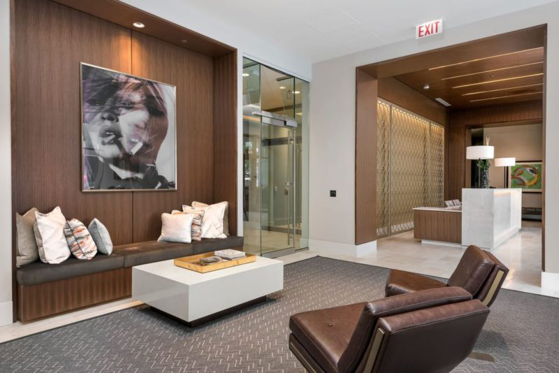 Chicago Luxury Apartment Building Interior Design by ...